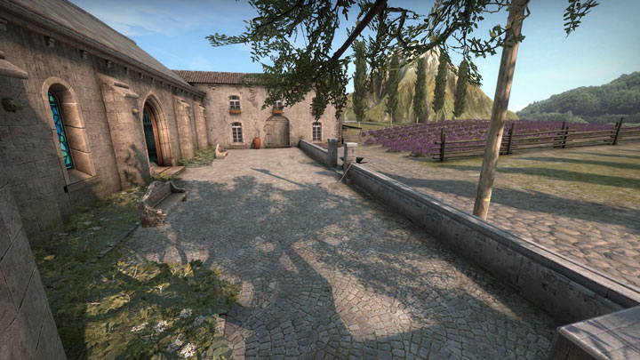 Official And Custom Maps